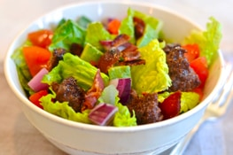 Hamburger Chopped Salad