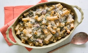 Cheesy Baked Pasta with Kale and Mushrooms